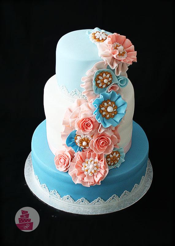 Netradičná svadobná torta
