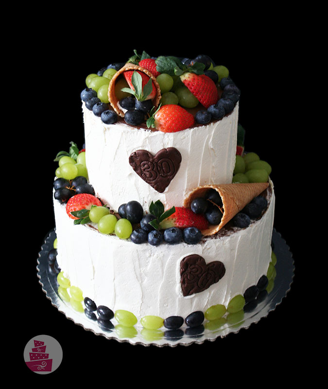 narodeninova-torta-bez-fondanu-potahovky-s-ovocim