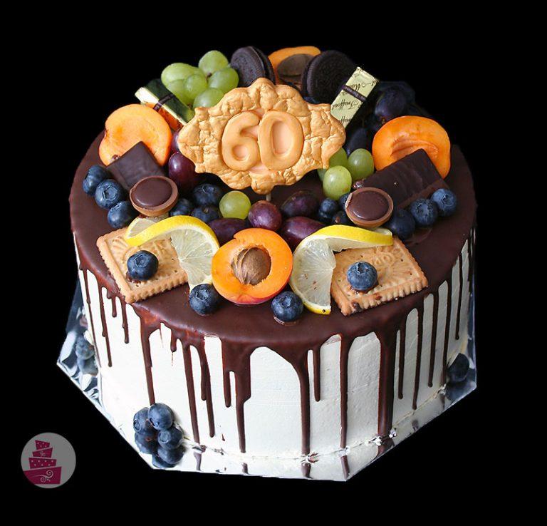 narodeninova-torta-cokoladova-bez-fondanu-s-ovocim-bez-potahovky